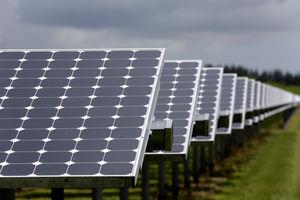 Throwing Shade: 10 Sunny States Blocking Distributed Solar Development